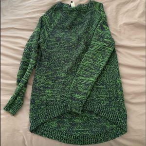 H&M Divided High Low Navy and Green Sweater